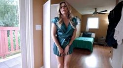 Hot Step Mom Lets me Give her a Creampie – Cory Chase